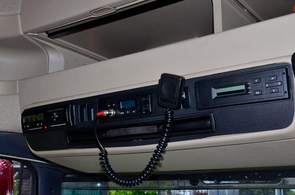 Ein digitalter Fahrtenbuchschreiber im LKW