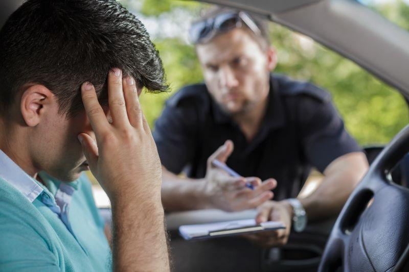 Autofahrer bereut Ordnungswidrigkeit im Straßenverkehr