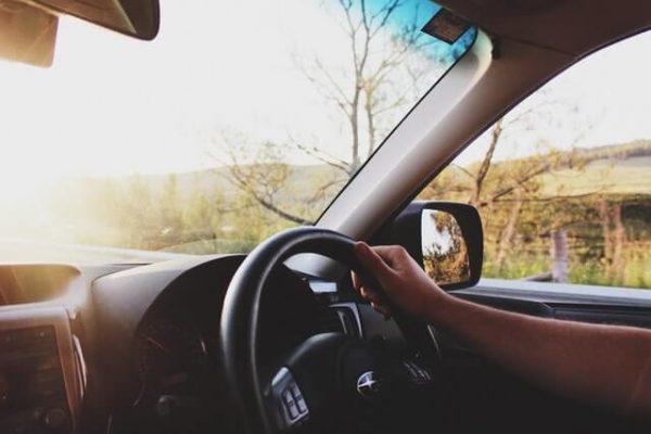Person fährt