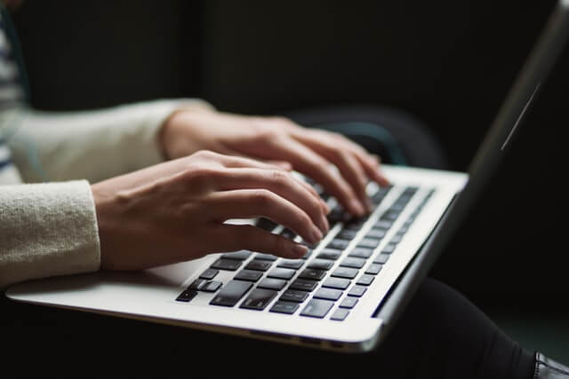 UVV Unterweisung am Laptop