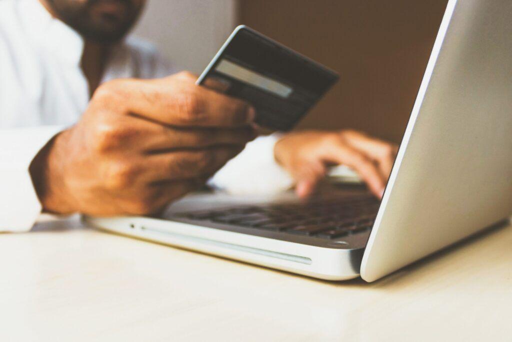Onlinekauf mit Kreditkarte