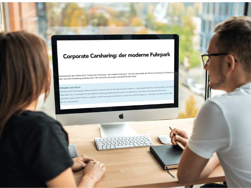Carsharing Kurs auf Computer geöffnet