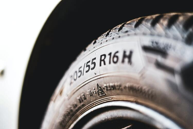 Label auf Reifen